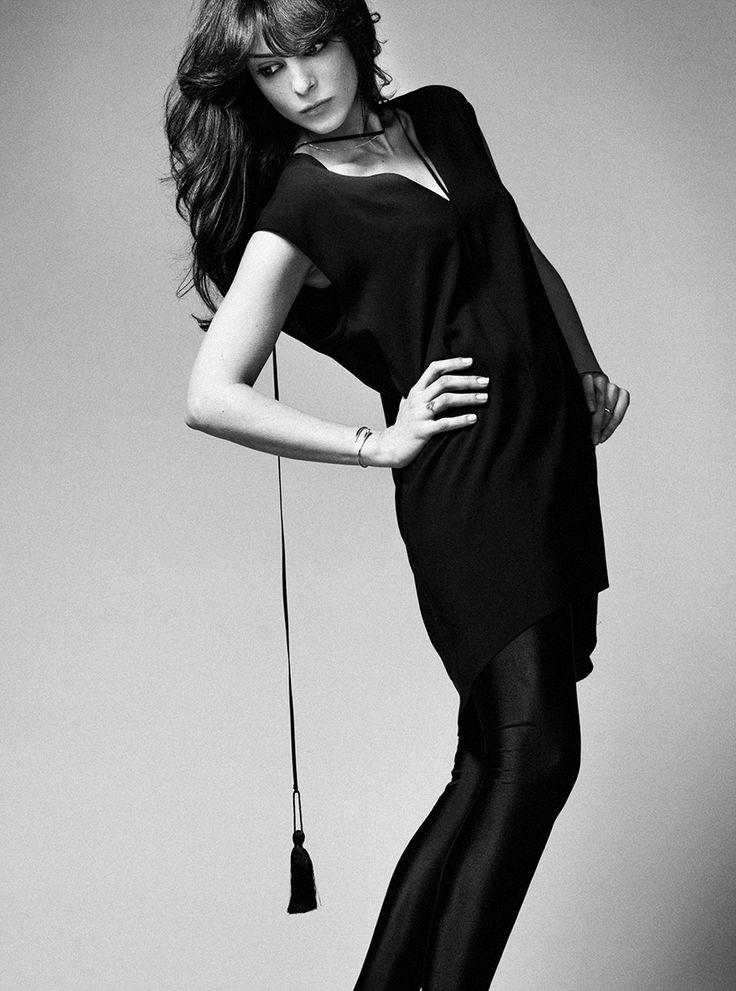 Short Black Tassel Dress // Fall 13 Photo : Gabi Hirit