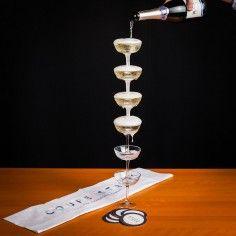 Champagner Turm aus 6 Gläsern