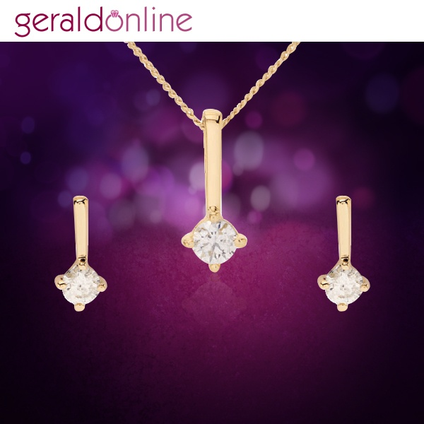 Gold can never be out of fashion! Can this simple & stylish Diamond bar Pendant Set ever go out of style?