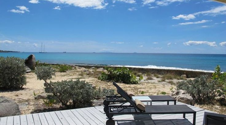 BEACH ROCKS VILLA http://www.stmaarteninvestments.com/real-estate.aspx?id_villa=231&type=sale&utm_source=Pinterest&utm_medium=web&utm_campaign=Magic+Bullet Terres Basses - French Lowlands, St. Martin 3 Bedrooms, 3 Bathrooms, Beachfront villa located 10 minutes' walk down the beach from La Samanna, where you can enjoy superb cuisine in a five-star setting.