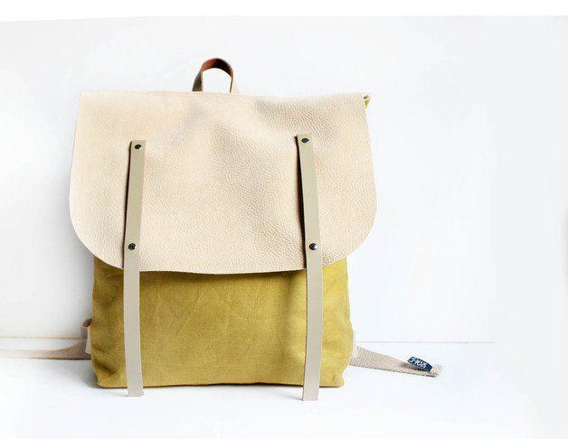 Sonniger Rucksack in Senfgelb und Beige / leather backpack in happy colours, streetstyle made by halfbird via DaWanda.com