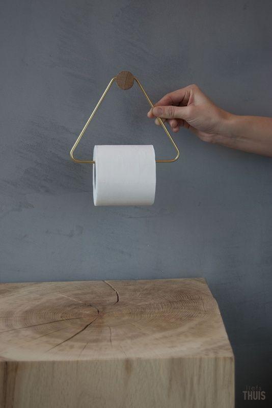 Leuk! Ferm Living toiletrol houder op LiefsTHUIS.nl