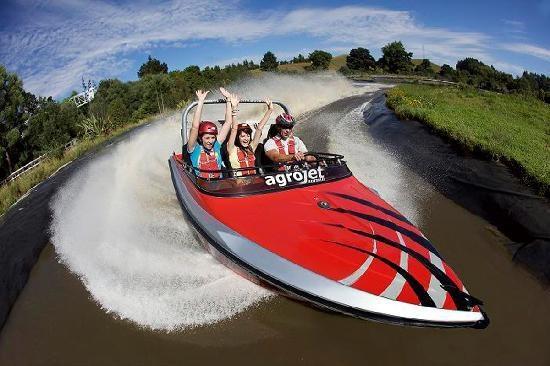 The Agrojet - Fastest jet sprint experience: Agroventures Adventure Park  Speich.  1335 Paradise Valley Road   Ngongotaha, Rotorua 3201, Neuseeland