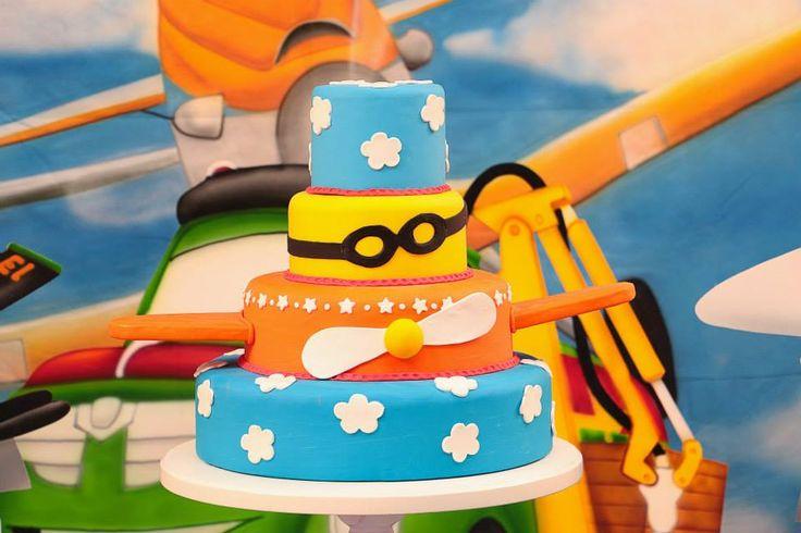 Resultado de imagem para bolo perfeito tema avioes
