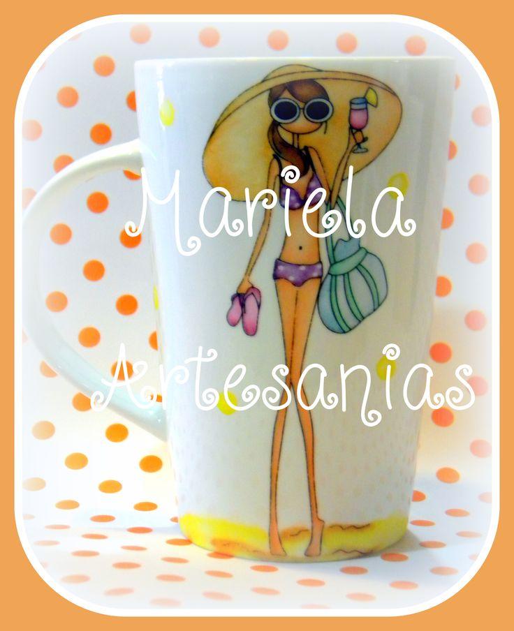 "taza pintada a mano ,"" playa ,sol y arena"""