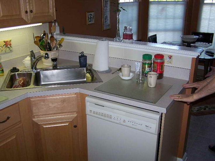 25 best ideas about small kitchen makeovers on pinterest for Pictures of small kitchens makeovers