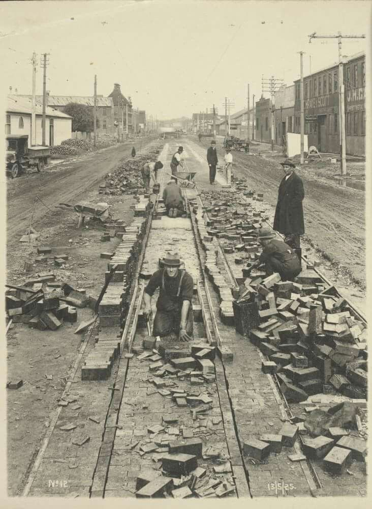 Tramway construction in Sturt St,South Melbourne in Victoria in 1925.