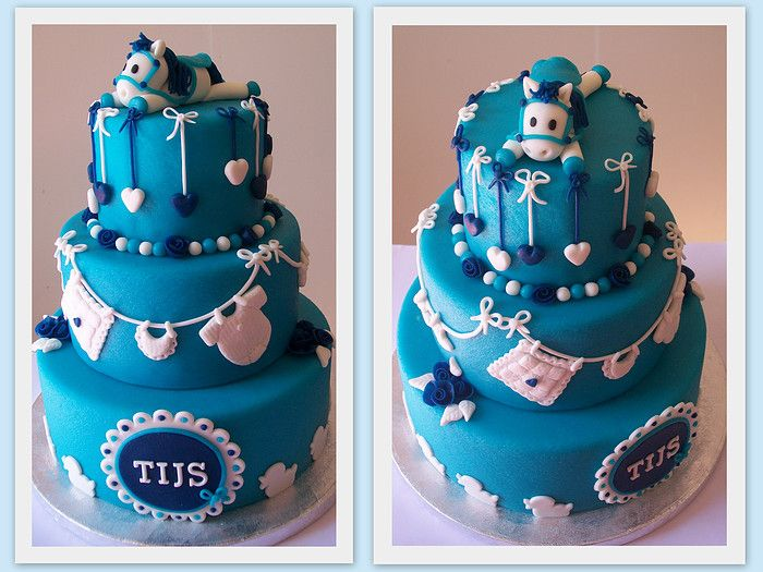 I am absolutely am <3 'ing this baby cake!