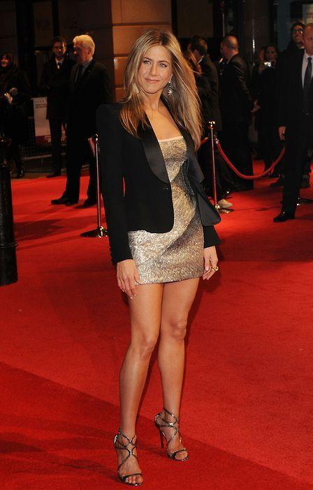Jennifer Aniston Cleavage | Jennifer Aniston - Cleavage ...