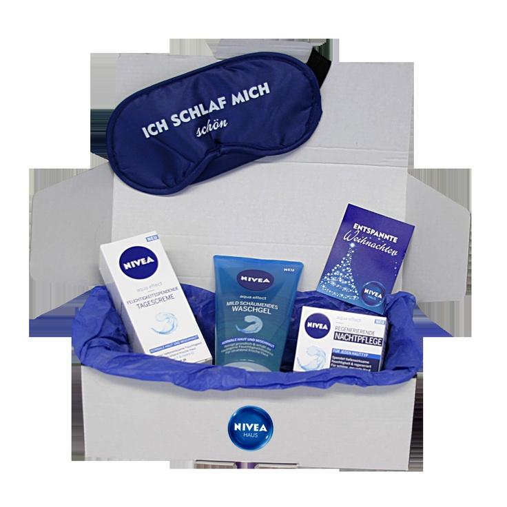 """NIVEA Geschenk-Set """"Aqua Effect"""" mit Mild schäumendem Waschgel, feuchtigkeitsspendender Tagescreme, regenerierender Nachtpflege und Schlafmaske, in der NIVEA Geschenkbox: http://shop.nivea.de/nivea-geschenkset-aqua-effect.html #Geschenk #NIVEA #Weihnachten #Box"""