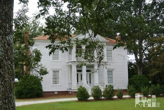 Bed and Breakfast - Rare opportunity to won 2 Greek revival homes ca 1850s plus newer carriage house on 5.8 acres in historic eastern North Carolina. This property is currently being operated as a su
