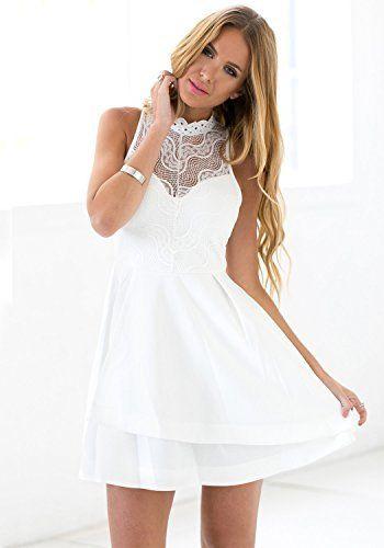 Vestido de Encaje.    El encaje es el material estrella de la temporada.    Un tejido refinado y lleno de sofisticación.    El blanco bien combinado puede suponer una revolución en tu armario.