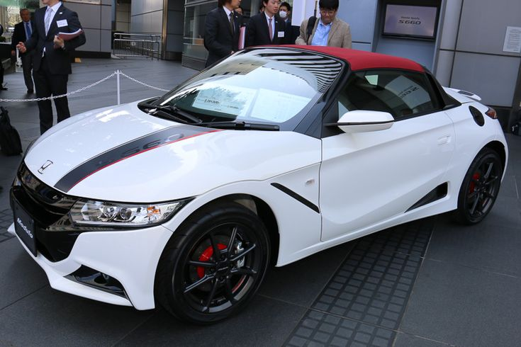 "Car: HONDA: S660: Photos from the new model presentation of S660 (via Japan web car media ""Car Watch"") Part 1 (http://car.watch.impress.co.jp/docs/news/20150330_695347.html) S660 Modulo parts fitted car. S660 モデューロパーツ装着車"