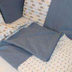 Coffret naissance tour de lit et nid d'ange parapluie goutte bleu 0-6 mois