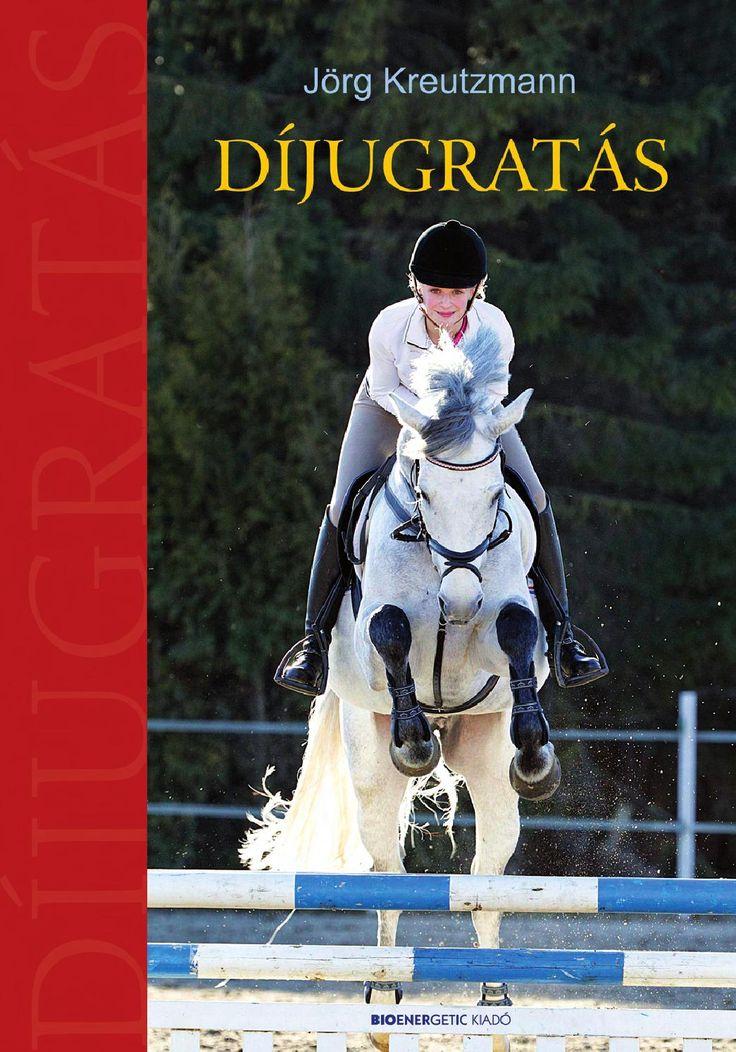 Díjugratás  A könyv bemutatja, hogy az ugratás a megfelelő alapokkal mindenki számára elsajátítható. A kötet színes oldalai az első rudaktól a komoly pályák lovaglásáig kísérik az ugrani vágyó lovast, hasznos tanácsokat, gyakorlatokat kínálva a tapasztaltabbak számára is. Tartalmas könyv, amelyet az edzők nyugodt szívvel ajánlhatnak tanítványaiknak.  A tartalomból:  Amit a díjugratáshoz tudni kell...  Kezdjünk neki! – Az első ugrások  A pályalovaglás felé vezető úton – pályarészletek ...