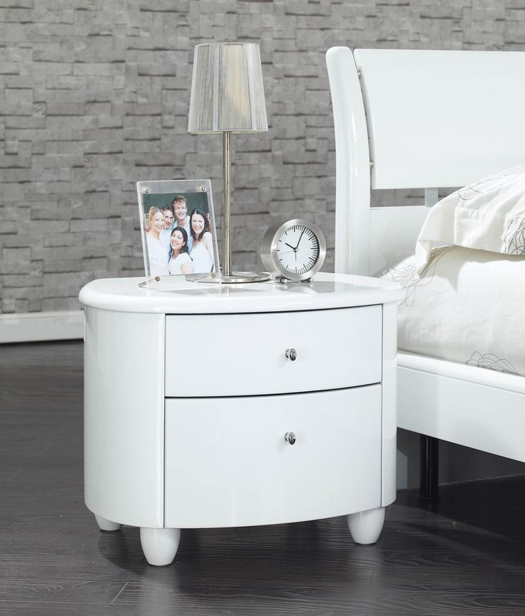 Glossy White Bedroom Furniture Photo Decorating Inspiration