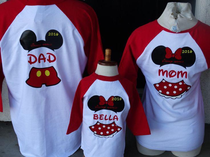 Precio se fija para 2 camisetas de manga larga 3/4 béisbol  Estos Disney inspirado béisbol 3/4 manga larga Mickey y Minnie familia de 3. No hay una camisa es buena sin el otro pero juntos hacen magia.  Las imágenes se colocarán en la parte delantera de las camisetas no en la parte