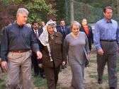 U.S. President Bill Clinton walks with Palestinian leader Yasser Arafat, Secretary of State Madeleine Albright and Vice President Al Gore in Maryland, Oct. 18, 1998. - credit: AP/Official White House photo/HO