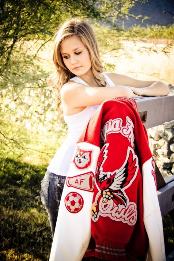 senior portraits | letter | letterman jacket