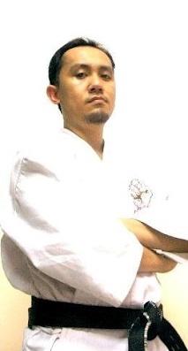 Instructor - UTCC Karate Club - อ.โจ้