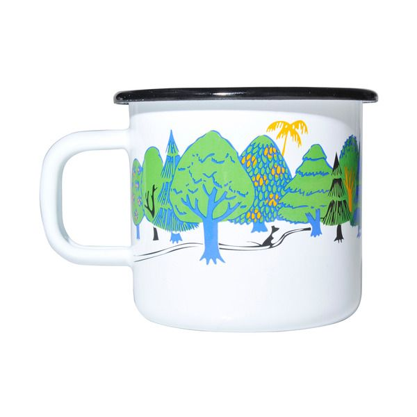 This colorful mug features the Moomin family. Durable and easy to take care of, makes the mug perfect for your home. Muurla combines design with durability in this retro enamel mug.