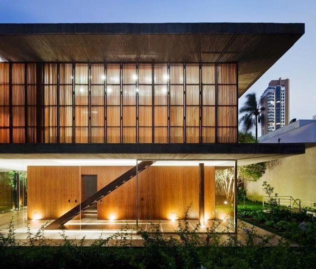Desain Rumah Kaca Panjang dan Terbuka