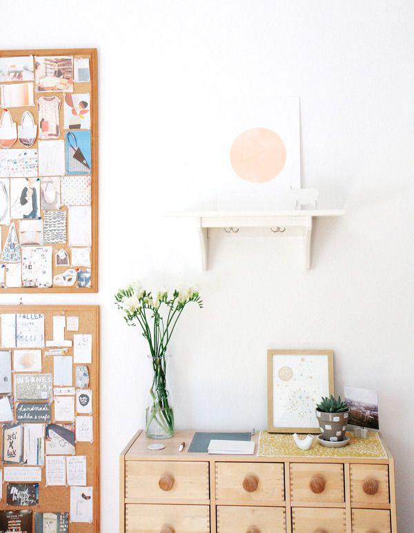 @Jeremy Culumber Ying 邢儀偉 Zheng shibuya  home studio west elm . Love the cork boards and simple art print.