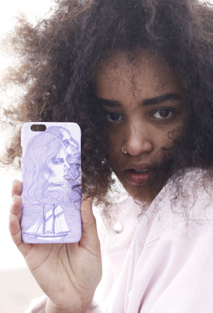 """Mermaids of the Baltic Sea"" Shell'Oh! iPhonecase designed by Anna Salmi. //Model Rebekka Yeboah, photos by Alexandra Lehi"