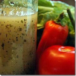 Enriquece tus ensaladas y pastas con este delicioso aderezo italiano hecho en casa