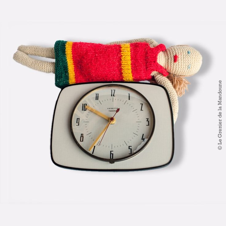 Les 25 meilleures id es de la cat gorie horloge murale vintage sur pinterest - Horloge murale vintage ...