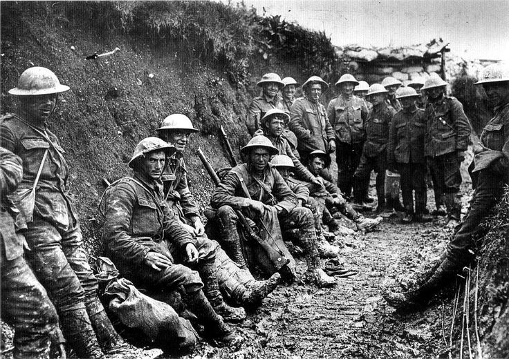 Image result for ww1 british soldiers in trenches