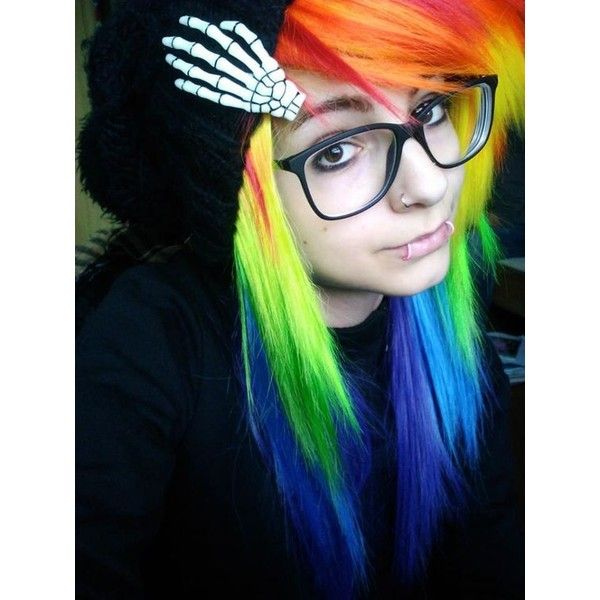 15 Cute Emo Hairstyles For Girls 2015 ❤ liked on Polyvore featuring hair