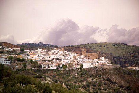 La Junta de Andalucía invita a las empresas a apostar por el turismo rural en el Embalse de Colomera http://www.rural64.com/st/turismorural/La-Junta-de-Andalucia-invita-a-las-empresas-a-apostar-por-el-turismo-r-5235