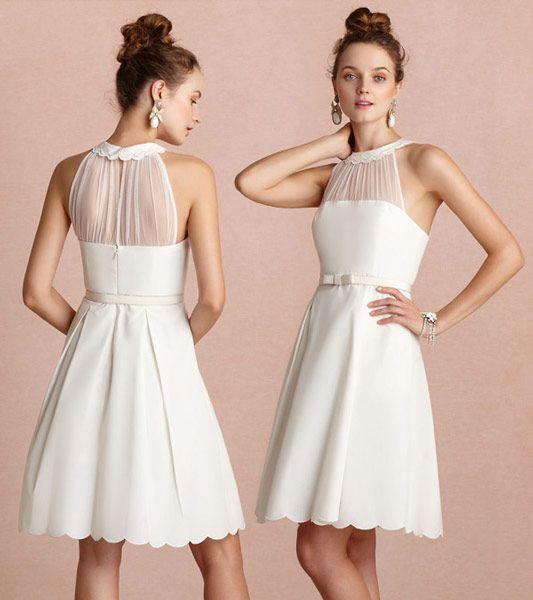 Petite robe blanche encolure illusion avec feston