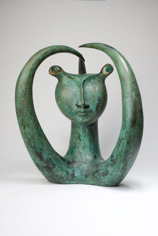 Sem Titulo 169)30 Figura bizarra 1952 Bronze 32cm x 26cm x 28cm #JorgeVieira #sculpture #SaoMamede #art #drawings #visit #lisbon #gallery