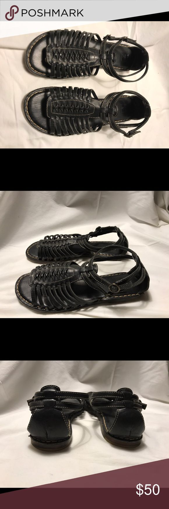 Frye Black Leather Flat Gladiator Sandals Size 7 In very good used condition. Please review pictures, and ask questions. I am not accepting returns. Frye Shoes Sandals