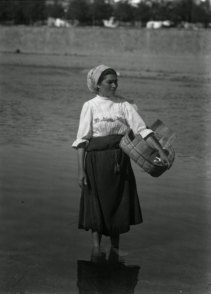 Trajes de Portugal: Fotografo de Costumes - Augusto Bobone - Varina