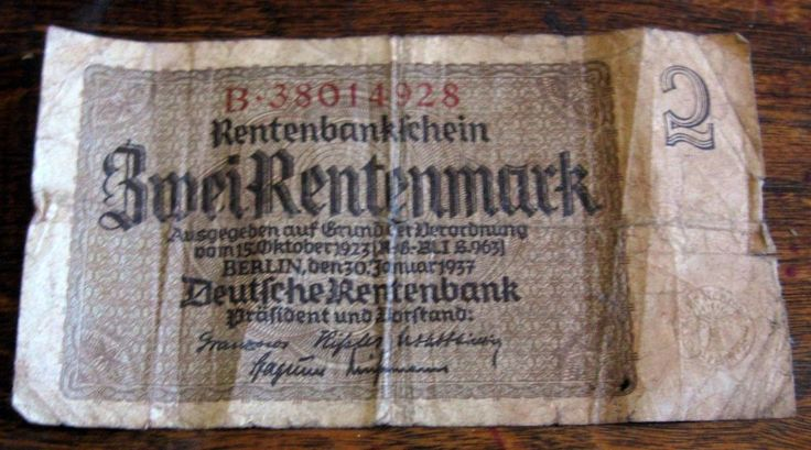 2 Reichsbanknote ? I know nothing!! true penny auction .01 start no reserve.
