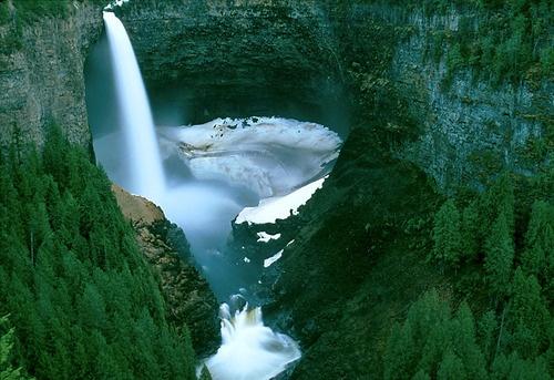Helmcken Falls, in British Columbia...gorgeous.