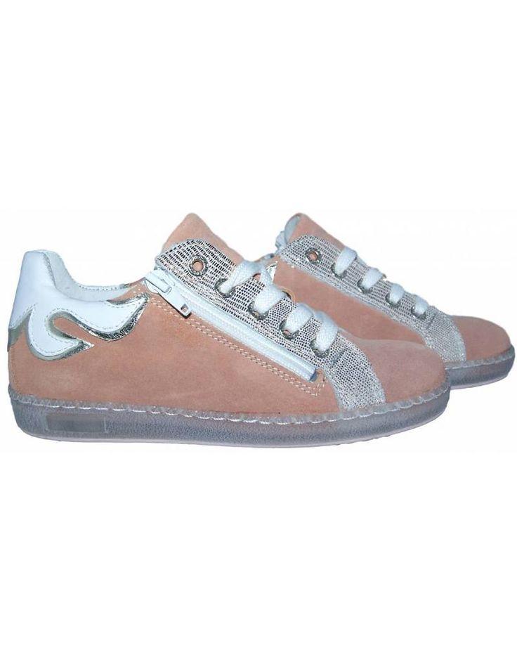 Piedro sneaker - Zalm met wit. Sale €49,95