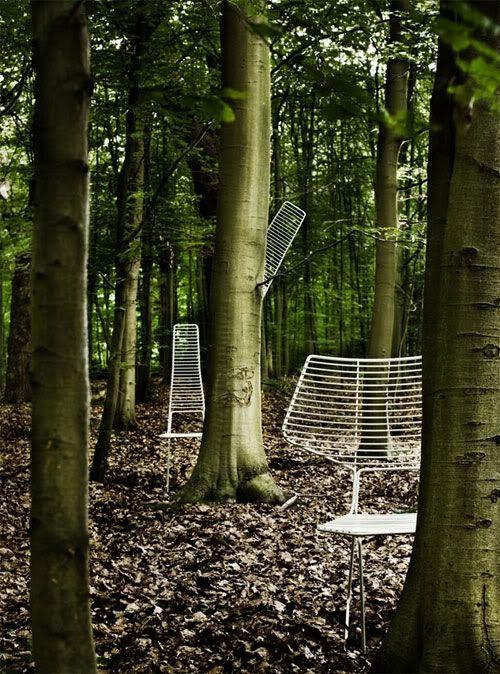 anthropomorphic chairs