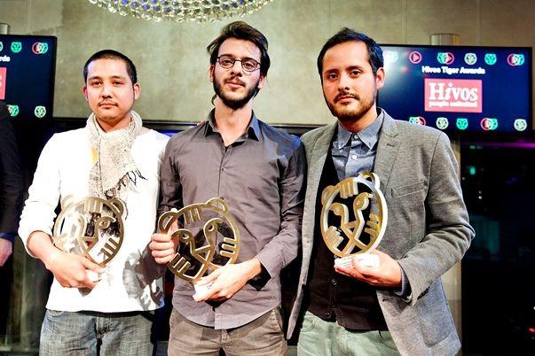 Tres tigres en Róterdam. De izqda a dcha: Jakrawal Nilthamrong, Carlos M. Quintela y Juan Daniel F...