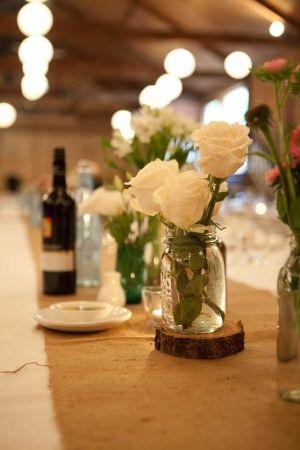 LOVE the white roses