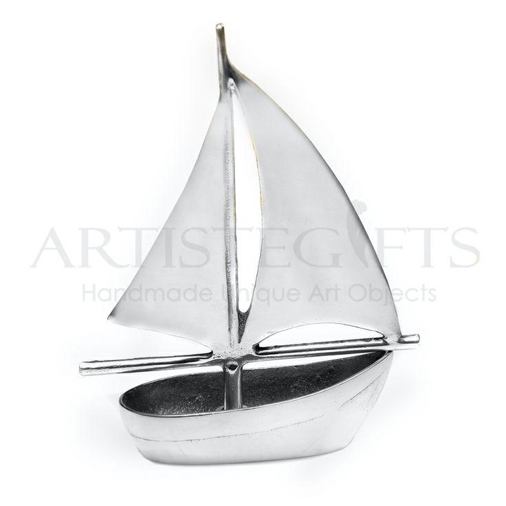 Handmade boat materialized from aluminium