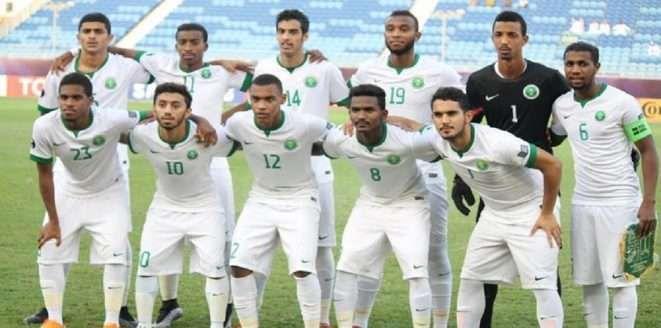 نتيجة مباراة السعودية وماليزيا للشباب الآن اليوم السبت 20 10 2018 والقنوات الناقلة كأس أسيا تحت 19 سنة Sports Chef Jackets Soccer Field