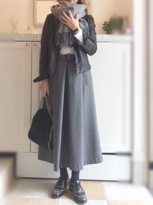 liflattie shipsのスカート「《予約》liflattie ships:タックギャザー ロングスカート ◆」を使ったmiiimのコーディネートです。WEARはモデル・俳優・ショップスタッフなどの着こなしをチェックできるファッションコーディネートサイトです。