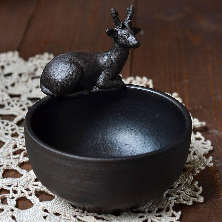 Deer. Ceramics of artist from Siberia Stanislav Simonov  #pottery #sculpture #animals #animalistics #clay #cup #mug #ssimonov #handmademug #handmadecup #керамикаручнаяработа #керамика #ceramics #олень #пиала  #пиаларучнойработы  #керамикатюмень #керамикаручнойработы #керамиканазаказ