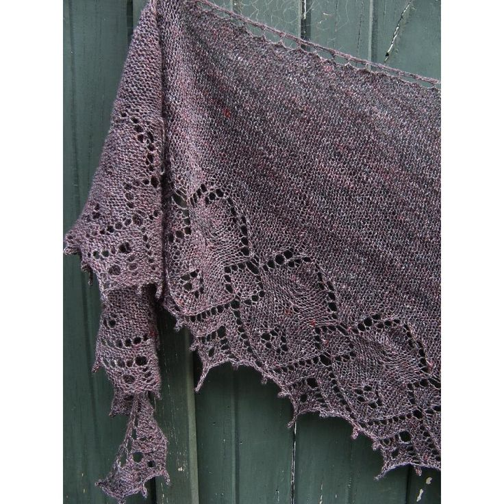 Complicated Knitting Patterns : 1000+ images about Lace shawls and stoles on Pinterest Wedding shawl, Ravel...