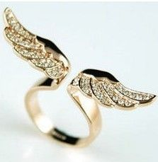 Big discount! ! D094 gold angel wings Imitation diamond women ring free shipping! $35,78