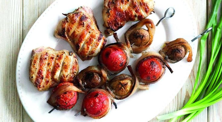 Куриные бедрышки востром маринаде измацони сфиолетовым базиликом